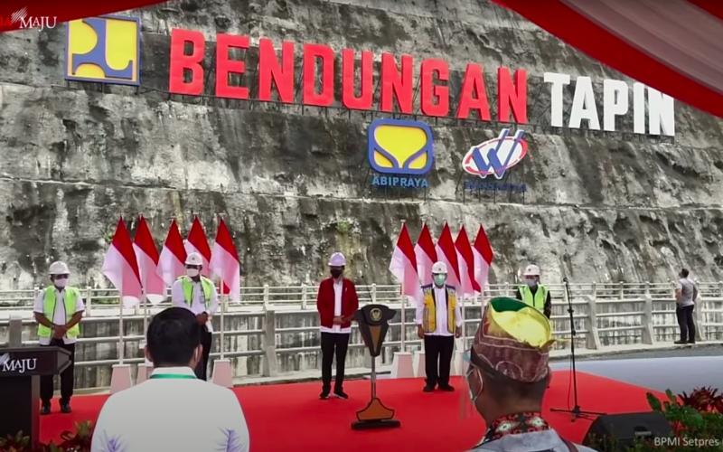 Presiden Jokowi Resmikan Bendungan Tapin di Kalsel