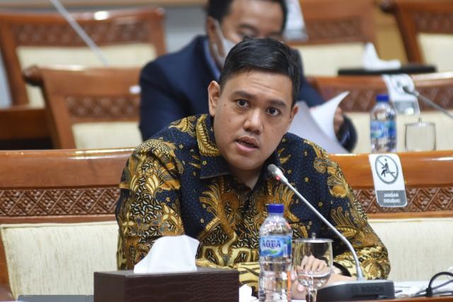 Komisi I Soroti Polemik Masuknya Kapal Asing ke Wilayah Indonesia