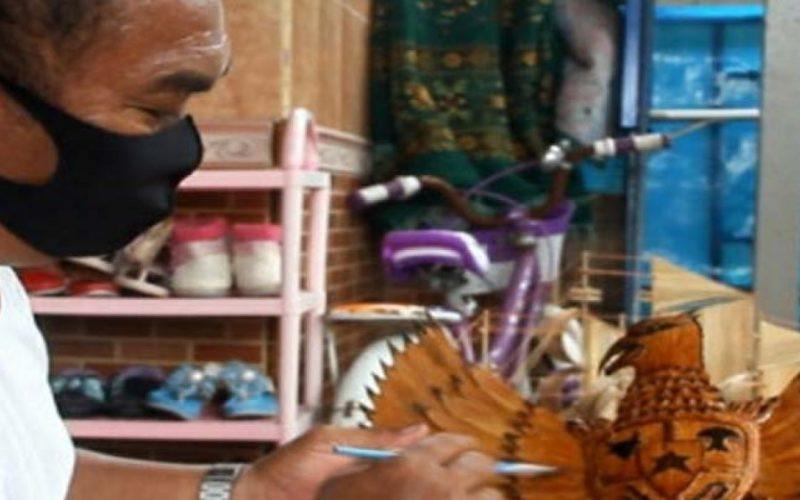 Salut! Perajin di Pulau Harapan Manfaatkan Barang Bekas Jadi Berkelas