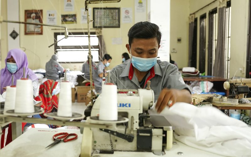 UMKM Mitra Binaan SIG, Ramli Collection Sukses Kembangkan Usaha di Masa Pandemi